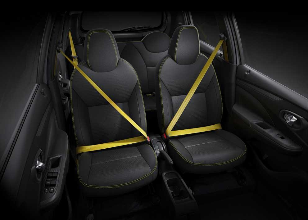 Datsun GO-live-seatbelt